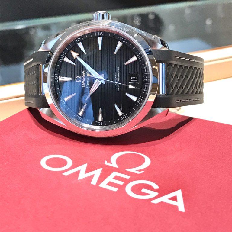 オメガ シーマスター アクアテラ 黒 ブラック 正規代理店 腕時計