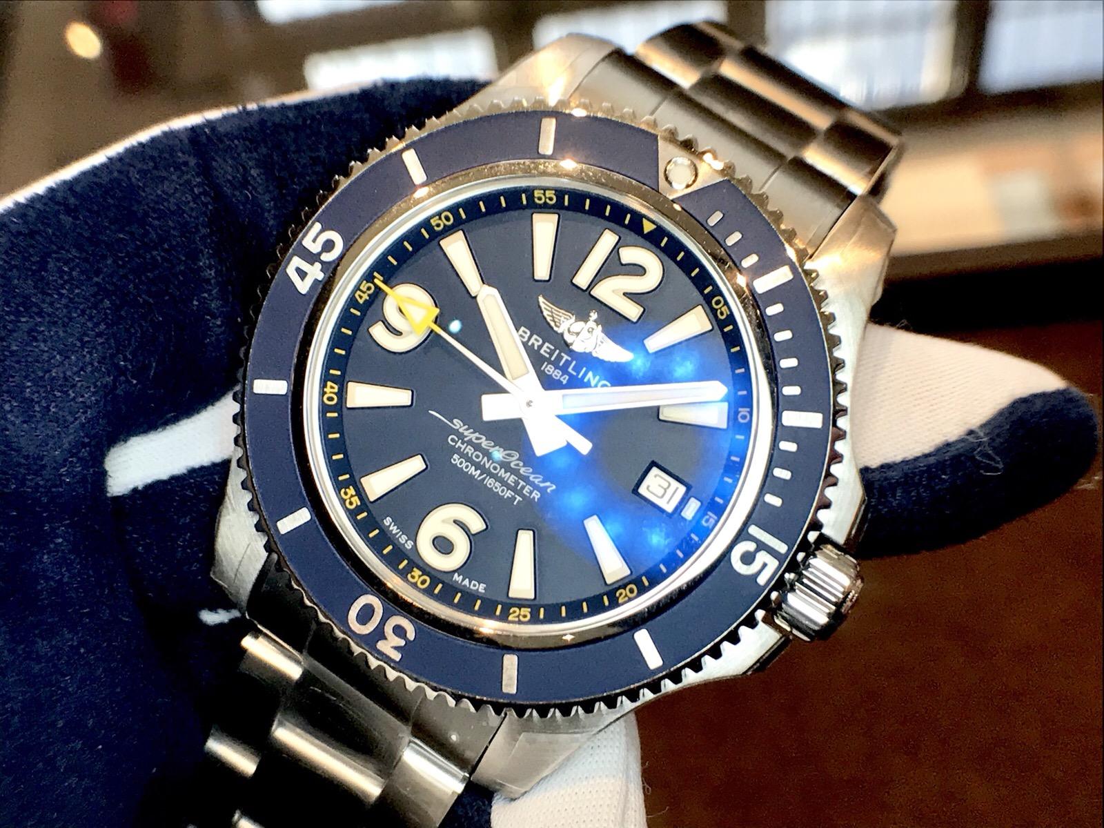 ブライトリングの腕時計 スーパーオーシャン 日本限定モデル